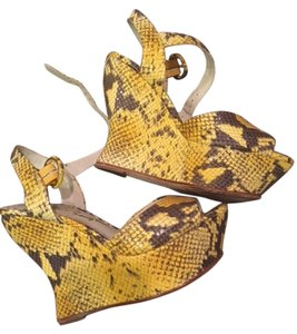 Alice + Olivia Patent Animal Print Wedge Yellow and Gray Sandals