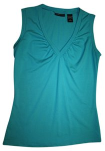 New York & Company V-neck Sleeveless Sleek Teal Gathers Your And Wrinkel Resistant Top teal/agua