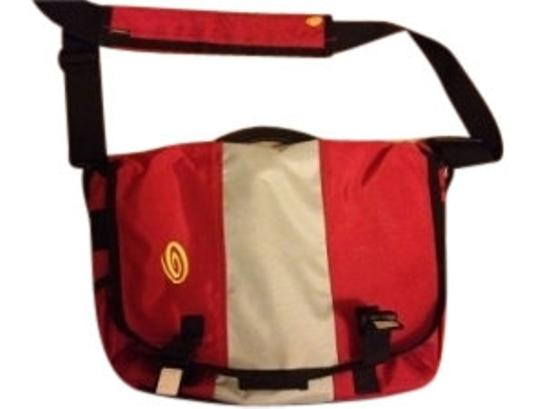 Preload https://img-static.tradesy.com/item/11321/laptop-sleeve-included-red-grey-and-black-canvas-messenger-bag-0-0-540-540.jpg