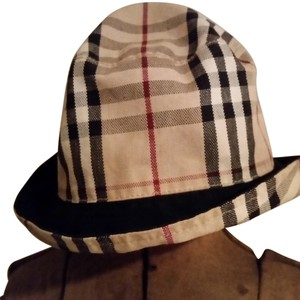6f0549fe8ec Burberry Burberry Nova Check Reversible Bucket Hat