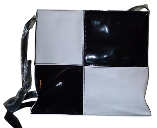Preload https://item4.tradesy.com/images/blackwhite-patent-leather-and-leather-shoulder-bag-1132488-0-0.jpg?width=440&height=440