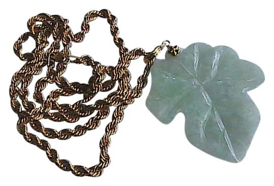 Preload https://img-static.tradesy.com/item/1132564/yellow-gold-apple-green-jade-14k-and-10k-solid-natural-leaf-pendant-necklace-0-0-540-540.jpg
