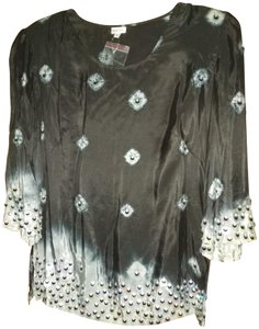 Moyna Top black with silver beads