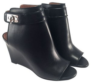 Givenchy Shark Tooth Lock Peep Ankle Booties Kim Kardashian Celebrity Favorite 38 7 Black Wedges