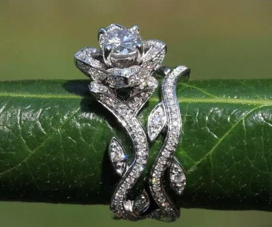 Other beautiful cubic zirconia flower ring and band Image 1