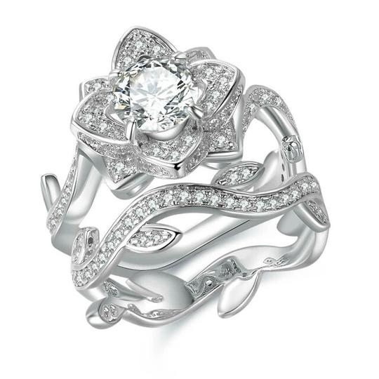 Other beautiful cubic zirconia flower ring and band Image 6