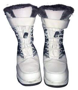 Thermolite white and grey Boots