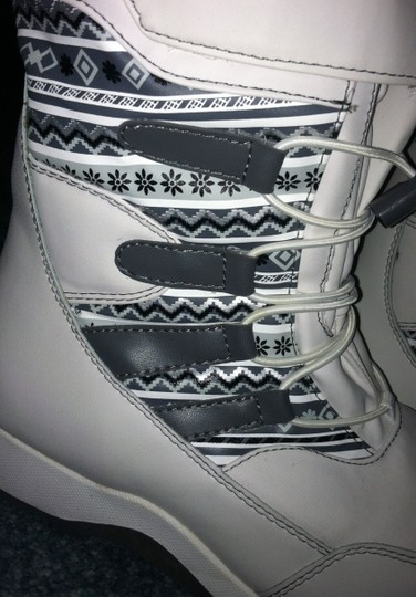 Thermolite Winter Snow Winter white and grey Boots