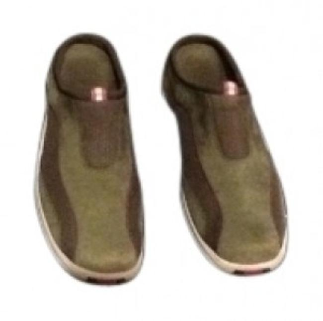 Item - Olive Green Sporty Mules/Slides Size US 8.5