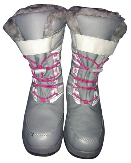 Thermolite Snow Fur grey, hot pink, and white Boots