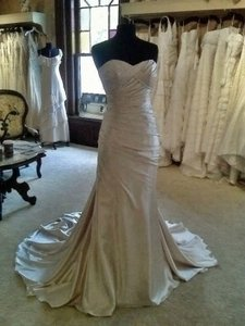 Cymbeline Paris Champagne Crepe Back Satin Ida Formal Wedding Dress Size 6 (S)