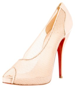 Christian Louboutin Black Patent Patent Leather Beige Pumps