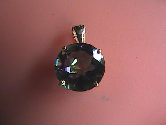 Unknown 4.0 cts 10k Solid Yellow Gold Genuine Mystic Topaz Pendant (#!)
