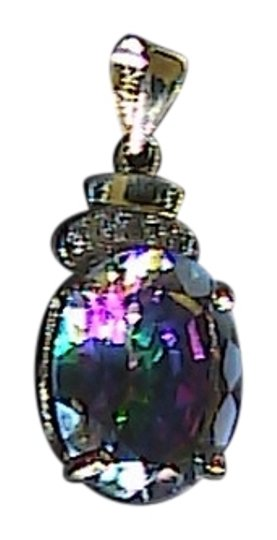 Preload https://img-static.tradesy.com/item/1133324/yellow-gold-mystic-topaz-10k-solid-52-cts-and-diamond-pendant-0-0-540-540.jpg