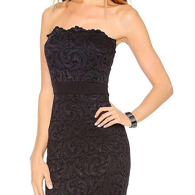 Velvet by Graham & Spencer Lace Strapless Party Chic Bodycon Dress