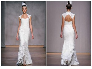 Monique Lhuillier Amaranth Wedding Dress