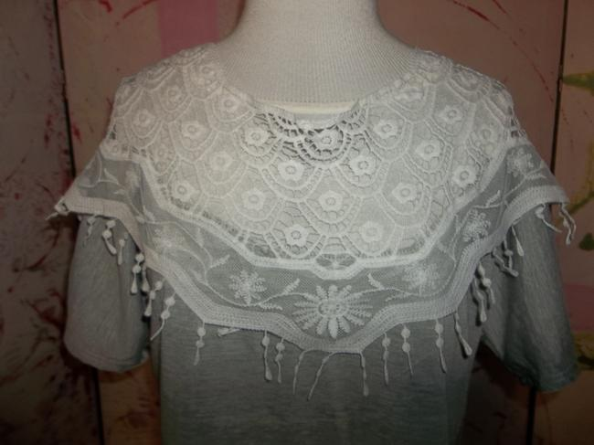 L Show Lace Short Sleeve Soft Pullover Top Grey Image 1