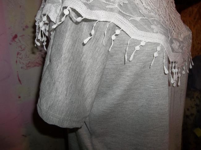 L Show Lace Short Sleeve Soft Pullover Top Grey Image 2