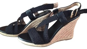 Banana Republic Blac Wedges