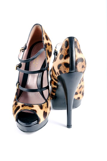 Gucci Leopard Peep Toe Pumps Black Leather Fur Multicolor Platforms Image 2