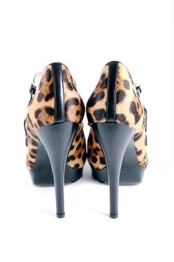 Gucci Leopard Peep Toe Pumps Black Leather Fur Multicolor Platforms Image 3