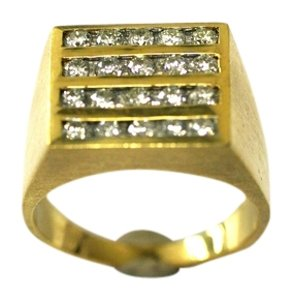 18kt Ring Diamond Ring