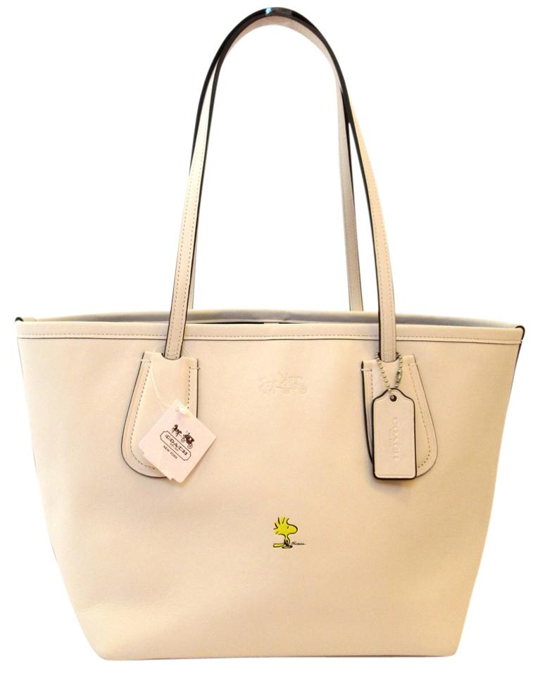 1240227298 Coach Taxi X Peanuts Snoopy Coh 24 Woodstock Limited Edition Chalk Yellow  Silver Leather Tote