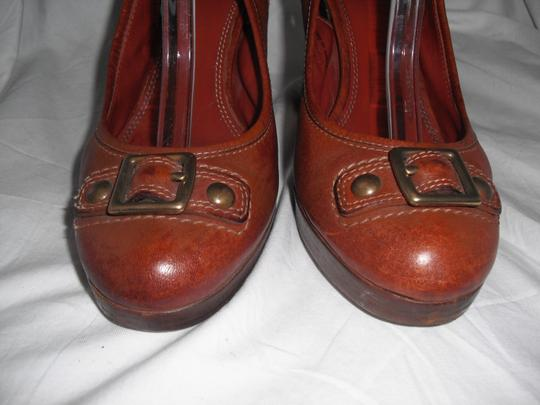Coach Giana Leather Made In Italy Distressed Brown Pumps Image 2