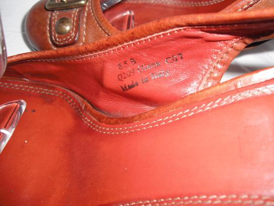 Coach Giana Leather Made In Italy Distressed Brown Pumps Image 5