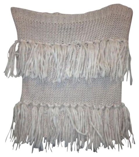 Preload https://img-static.tradesy.com/item/113401/american-eagle-outfitters-light-pink-fringe-neck-warmer-scarfwrap-0-1-540-540.jpg