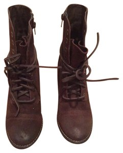 Steve Madden Rugged Suede Brown Boots