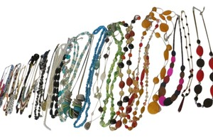 Other Huge 31 Necklace Lot