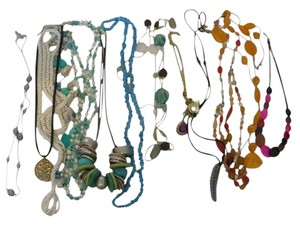 $3.03 each!! 16 Necklace Lot/Bundle.