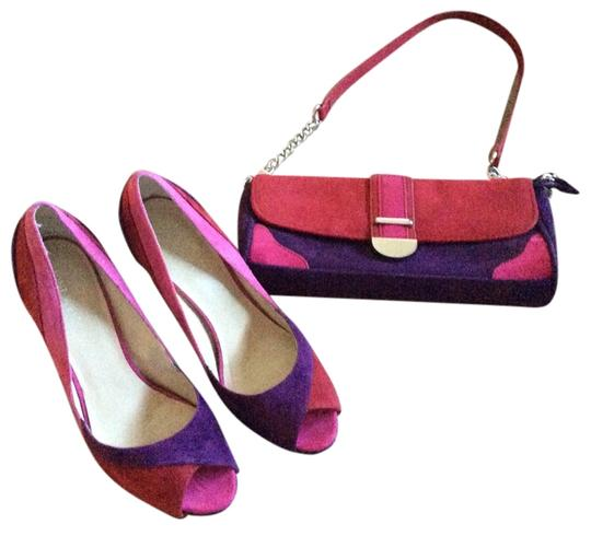 Preload https://item2.tradesy.com/images/nine-west-fuchsia-red-purple-and-purse-clutch-style-set-unique-pumps-size-us-8-regular-m-b-1134606-0-0.jpg?width=440&height=440