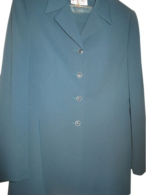 Preload https://item4.tradesy.com/images/le-suit-green-skirt-suit-1134688-0-0.jpg?width=400&height=650