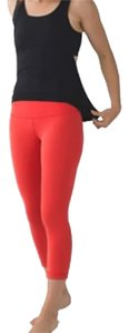 Lululemon New With Tags Lululemon Wunder Under Crop II Alarm Red Size 6