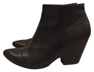 Kenneth Cole Ankle Wedge Pointed Toe Leather black Boots