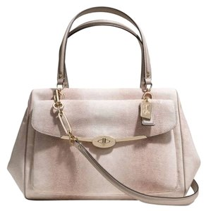 Coach *lizard Leather *inside Zip Mobile Phone And Multifunction Pockets *zip-top Closure Fabric Lining *outside Turnlock For Satchel in NEW!! Embossed Lizard / Light Beige