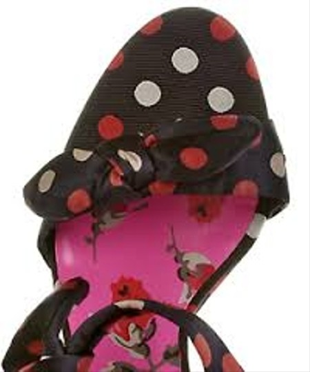 Betsey Johnson Navy with Red and Khaki Polka Dots Pumps