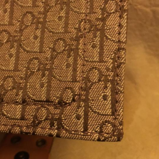 Dior Beautiful to your authentic wallet Image 10