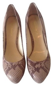 Enzo Angiolini Taupe/Brown Pumps