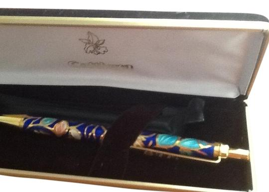 Preload https://item1.tradesy.com/images/vintage-japan-collectors-japanese-ando-cloisonne-cattleya-ballpoint-pen-1136165-0-0.jpg?width=440&height=440