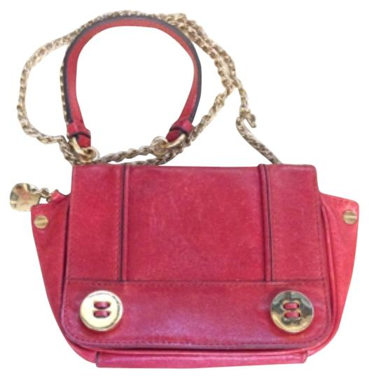 Preload https://img-static.tradesy.com/item/11364271/milly-red-leather-cross-body-bag-0-1-540-540.jpg