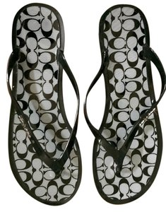 Coach Flats Slippers Flip Flops Jelly Signature Black / Black-Milk Sandals