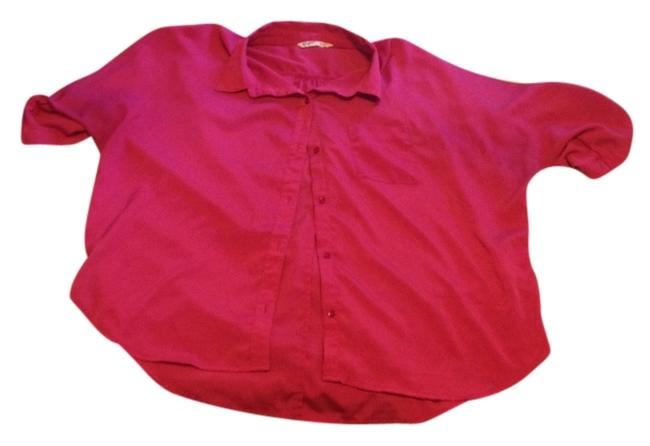 Preload https://item3.tradesy.com/images/old-navy-fushia-pink-front-pocket-collar-button-down-top-size-16-xl-plus-0x-1136617-0-0.jpg?width=400&height=650