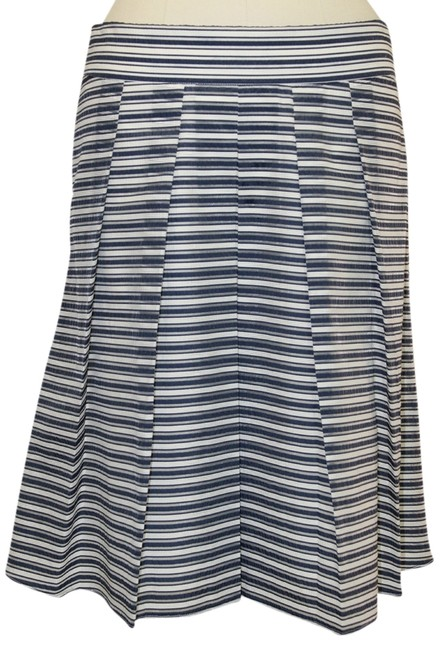 Preload https://item4.tradesy.com/images/jcrew-bluewhite-a-line-stiped-fits-like-a-2-4-knee-length-skirt-size-4-s-27-1136793-0-0.jpg?width=400&height=650