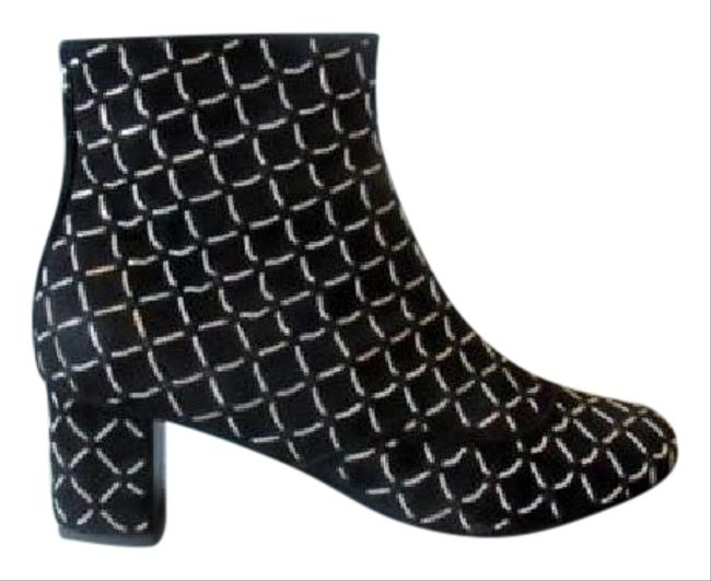 Chanel Black New 15a Suede Chain Detail Ankle Boots/Booties Size EU 37 (Approx. US 7) Regular (M, B) Chanel Black New 15a Suede Chain Detail Ankle Boots/Booties Size EU 37 (Approx. US 7) Regular (M, B) Image 1
