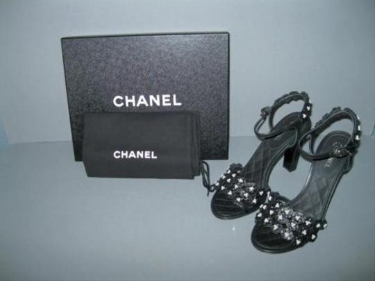 Chanel Camellia Pearl Black Sandals Image 7