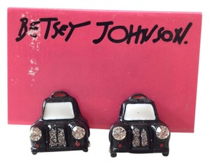 Betsey Johnson Taxi Cab