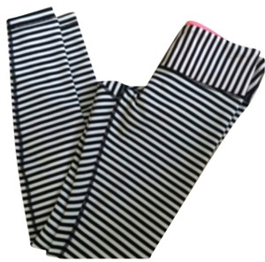 Lululemon New With Tags Lululemon Wunder Under Pants Full Length Angel Wing Bold Stripe Black And White Size 4